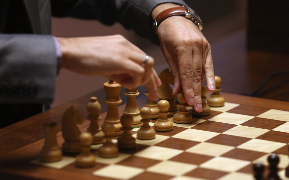 Над 240 шахматисти се пуснаха на турнира