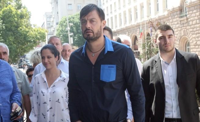 Бареков сезира главния прокурор за клевета и заплаха от Яне Янев