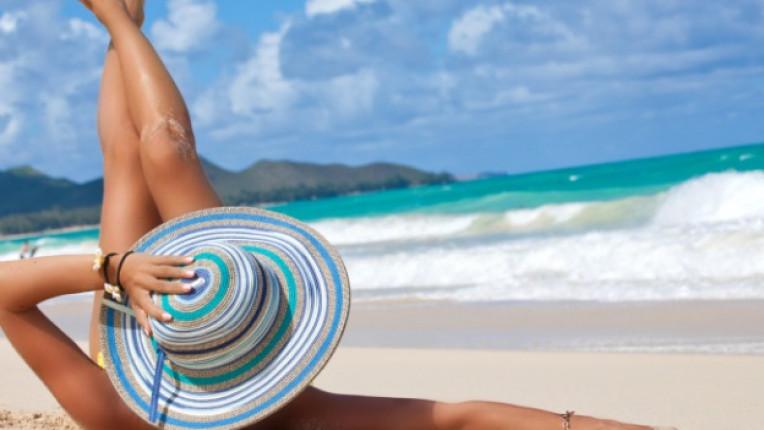 жена шапка плаж