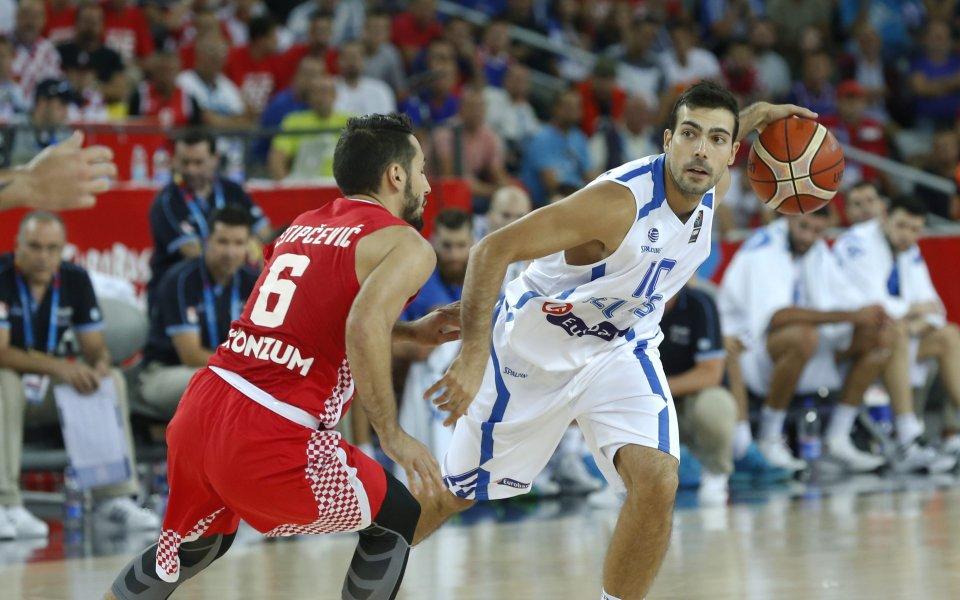 Гърция нанесе удар по Хърватия в края