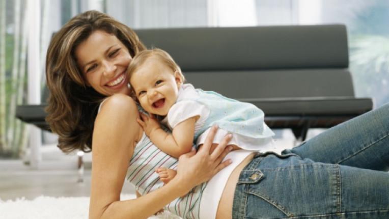майка жена родител дете