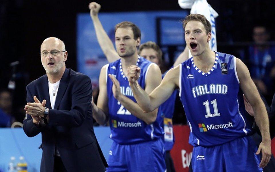 Финландия и Чехия  с победи в групата на България
