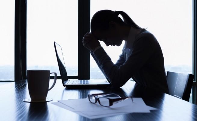 Разболява ли ви работата на бюро? 10 начина да се почувствате по-добре