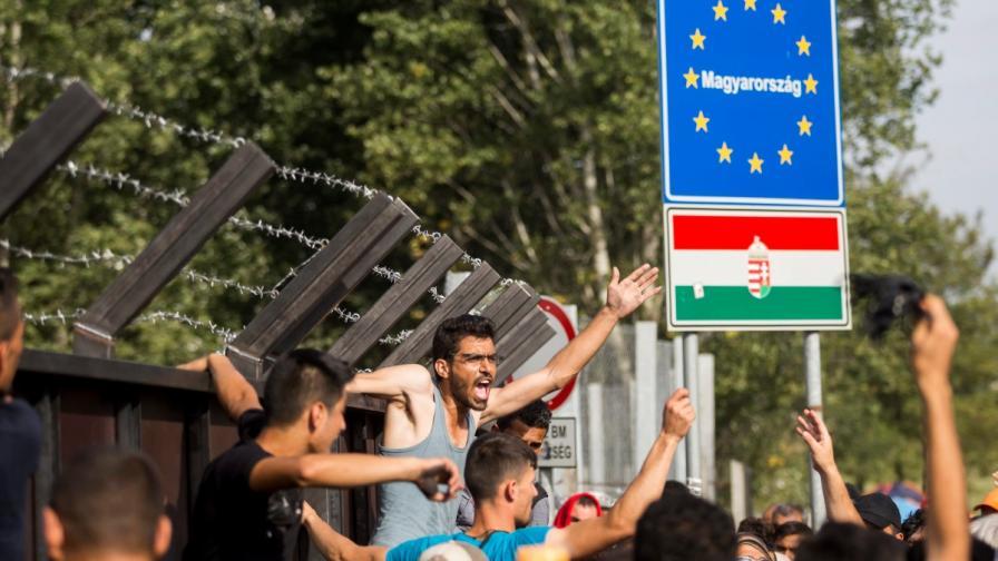 Извънредно положение в Унгария заради бежанците