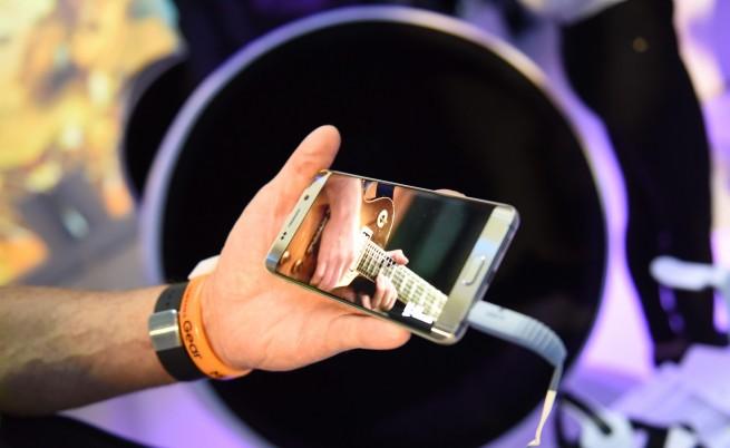 Новият Galaxy S6 Edge+, един наистина голям телефон