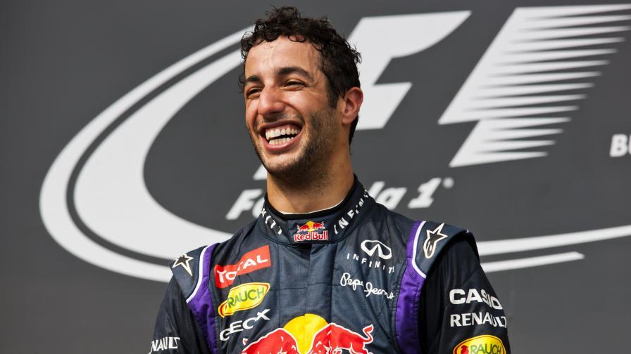 """Даниел Рикиардо за тръпката да си пилот на """"Формула 1"""" (видео)"""