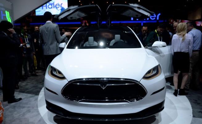 Най-после Тesla пуска новия Model X