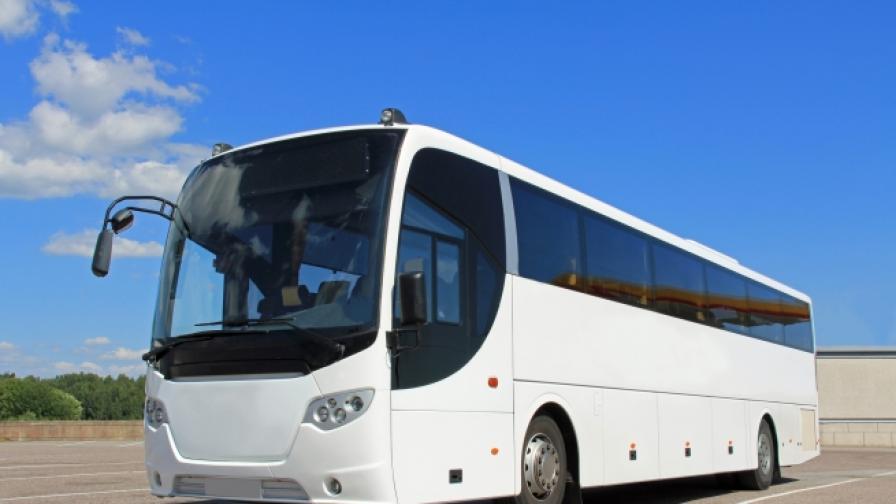 Автобус с българи закъса във Франция (ВИДЕО)