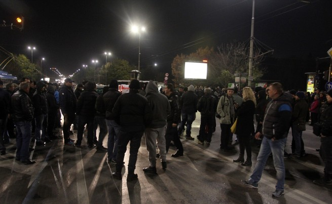Четвърта вечер на полицейски протести