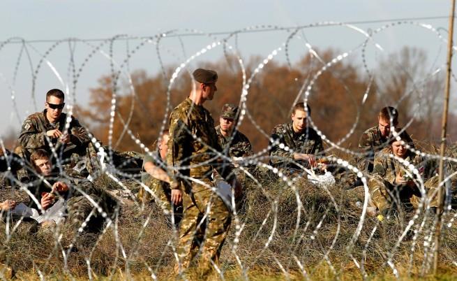И Хърватия затваря границите си за мигранти