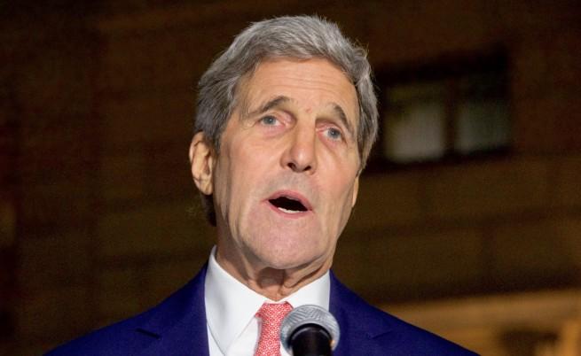 Кери: Трябва да ударим ИД в сърцето - там, където планират