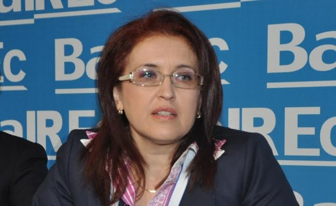 Мая Алексова
