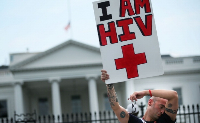 Рекордно висок брой на носителите на ХИВ в Европа