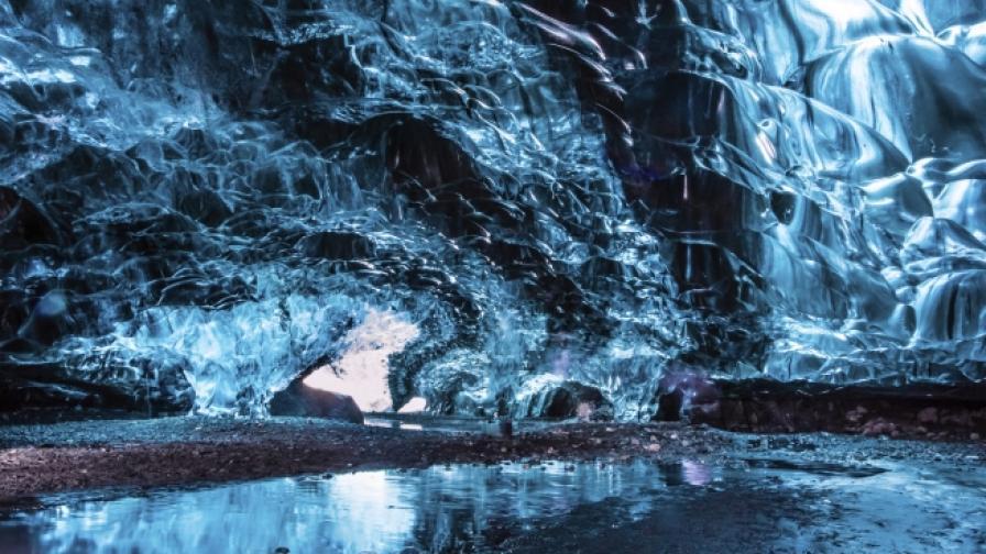 7 от най-невероятните ледени пещери в света