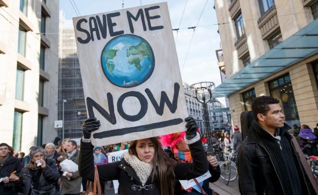 Протест в Швейцария срещу бездействието на световните лидери срещу глобалното затопляне