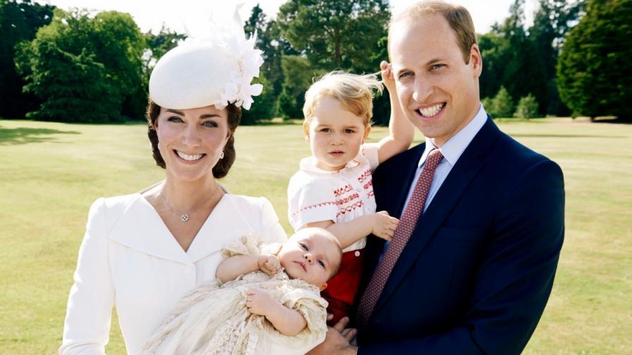 Принцеса Шарлот с фотосесия за рождения ден