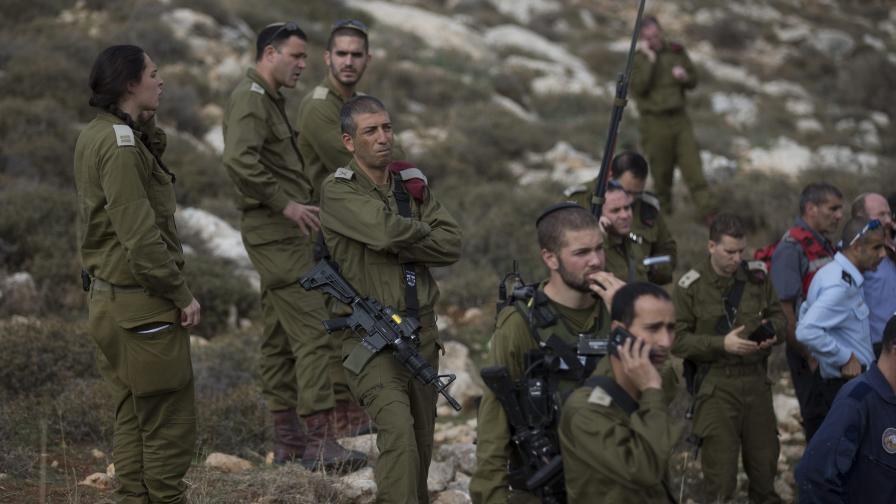 Израелци, заразени със СПИН, вече могат да бъдат военни