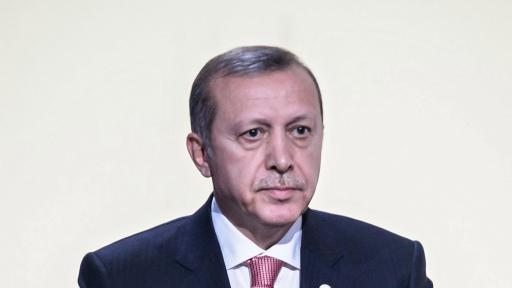 <p>Ердоган заплаши Кипър с война</p>
