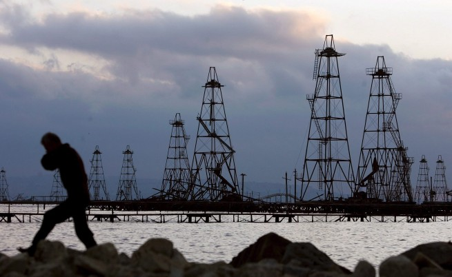 На фона на коронавируса, цената на петрола се срина
