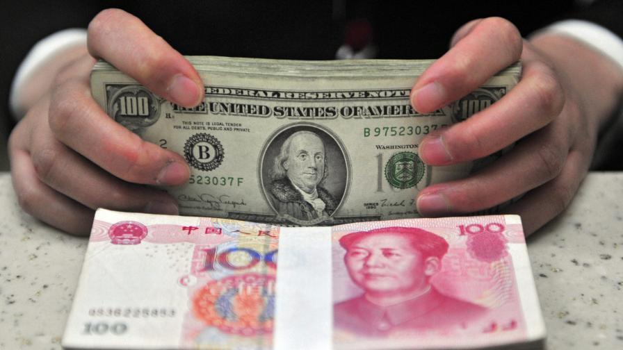 Китай рестартира световните валутни войни