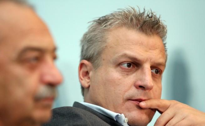Москов: Тежко, потно и драматично е за опозицията