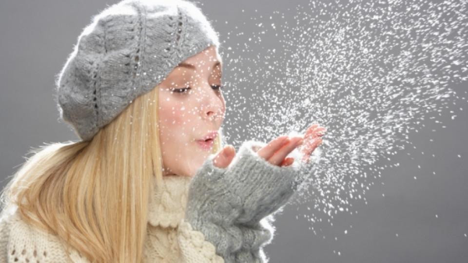 Как да спасим косата от зимната шапка