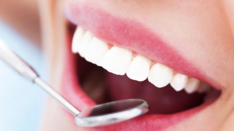 зъболекар стоматолог зъби