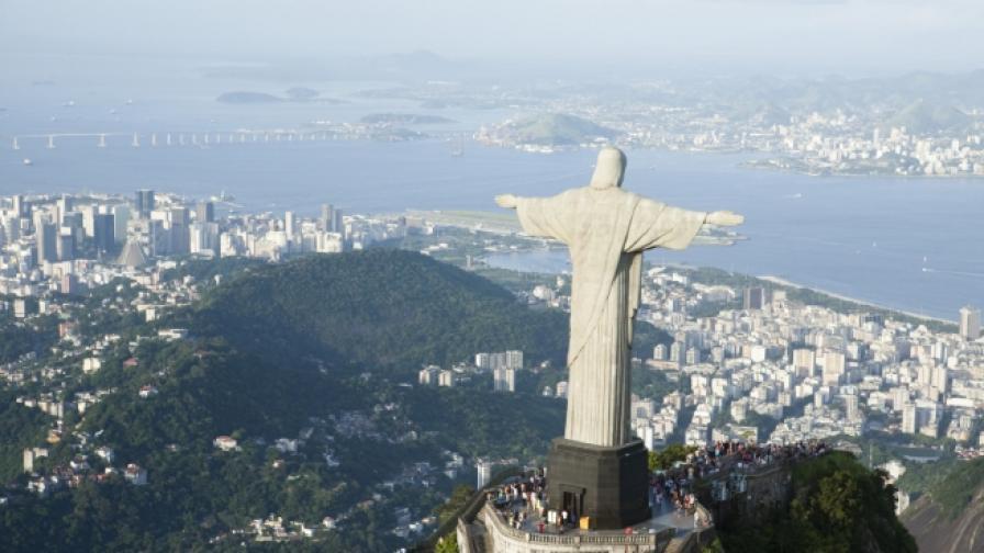 Рио де Жанейро от високо (видео)