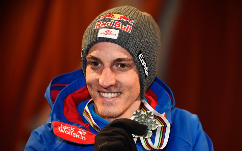 Австрийски ас пропуска началото на сезона по ски скокове