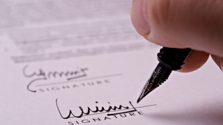 писмо писалка подпис