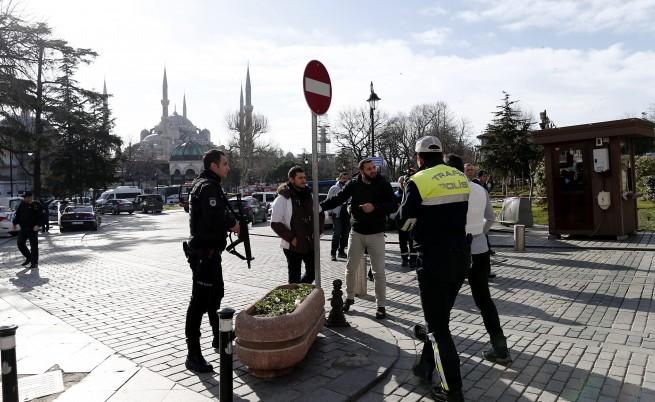 Турция арестува трима руски граждани за тероризъм