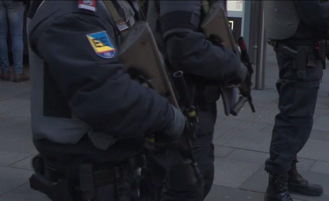 Европейците се въоръжават