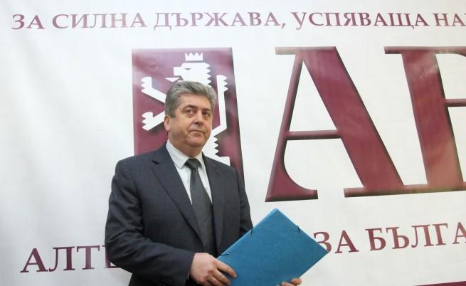 Първанов поиска номинация на Бокова за ООН или АБВ напуска управляващите