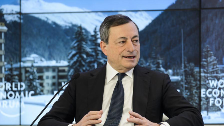 Новотни предупреди за дефлация, Драги е готов да свали еврото