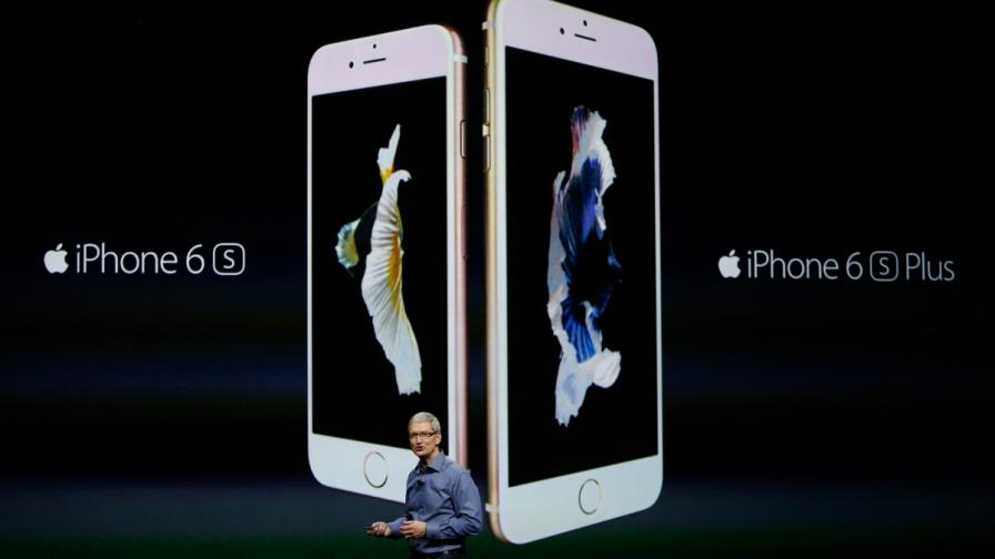 """Изпълнителният директор на """"Apple"""" Тим Куук говори за """"iPhone 6S"""" и """"iPhone 6S Plus"""""""
