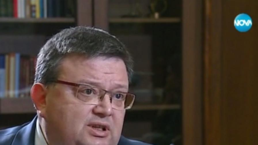 Цацаров: Не съм сложен за главен прокурор, за да мълча