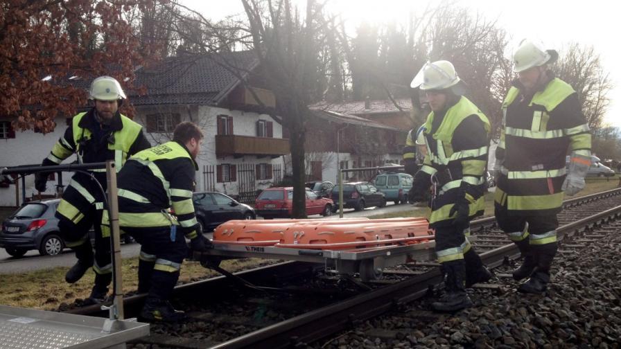 10 загинали и над 100 ранени във влакова катастрофа