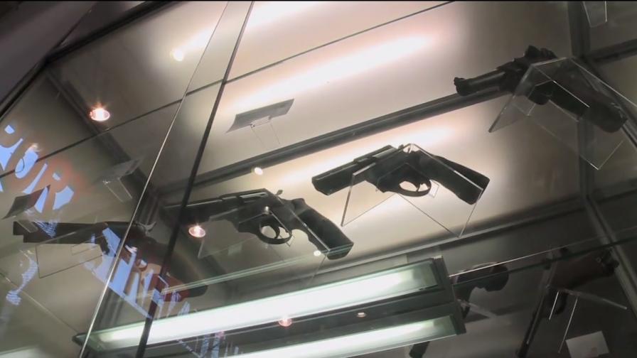 Прокуратурата: Психично болни имат законни оръжия