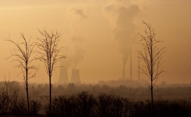 Категорично: Хората изхвърлят много повече СО2 от вулканите