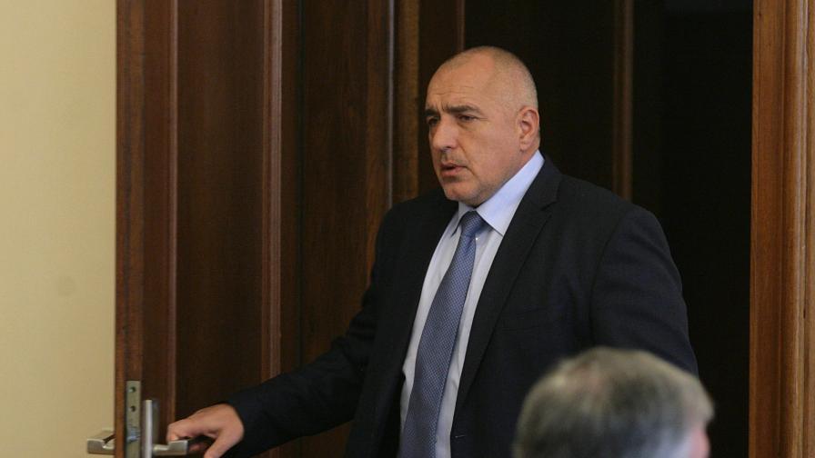 Варна последва Борисов и спря поръчки за 145 млн. лв.