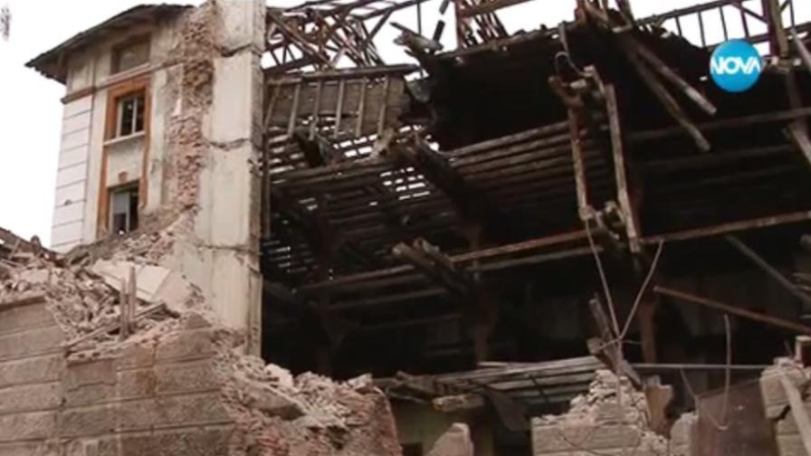 Разрушиха най-значимия тютюнев склад в Пловдив