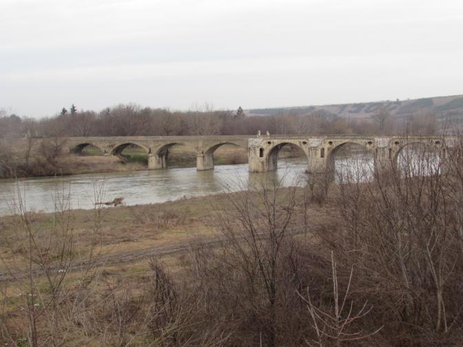 Мост Кольо Фичето