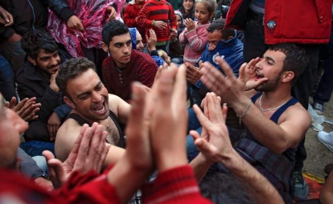 Мигранти на гръцко-македонската граница