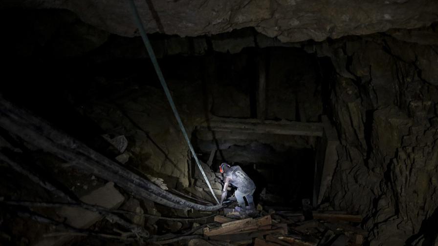 Мина в Полша пропадна след трус, има загинали и затрупани