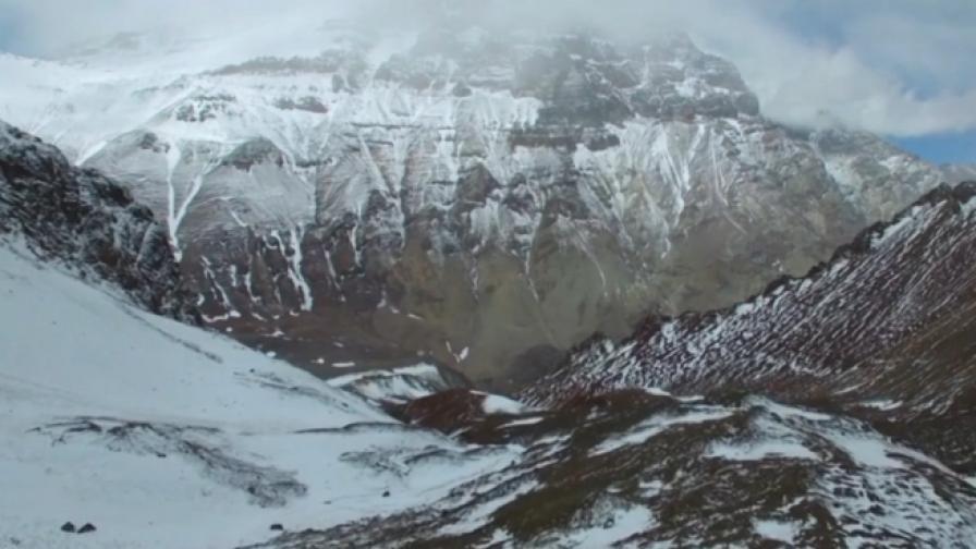 Да изкачиш 6 962 м и да се върнеш за по-малко от денонщие
