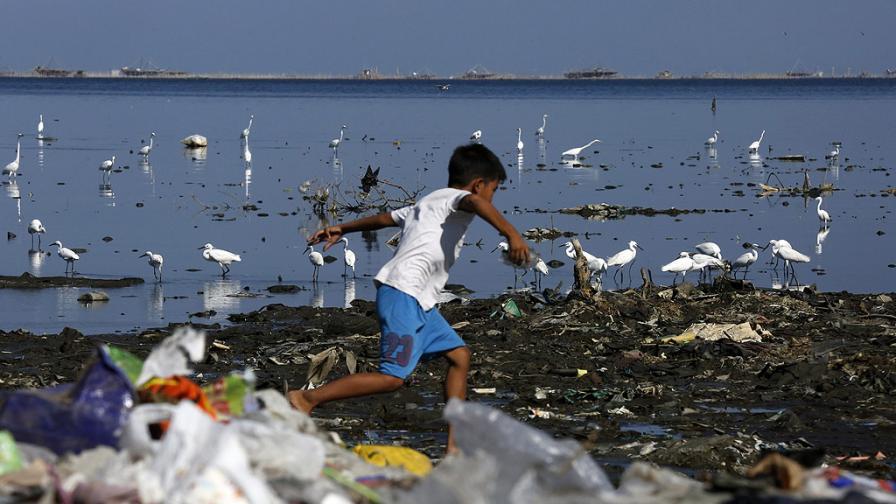 Пластмасата води необратими последици в океаните