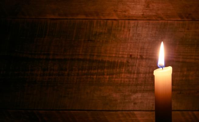"""На 8 октомври почина Стоян Дуков - известен аниматор, баща на Дим Дуков. Той е автор на 43 филма и сценарист на 9. Сред най-известните му анимационни филми са: """"Га"""", """"Къщи-крепости"""", """"Това е животът (Се ля ви)"""", """"Музикална история"""", """"Февруари"""", """"Март""""."""