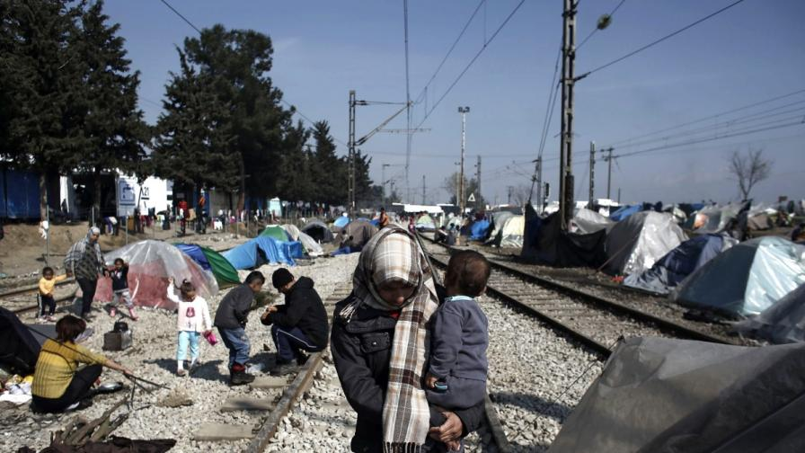 САЩ: България е на пътя на бежанците