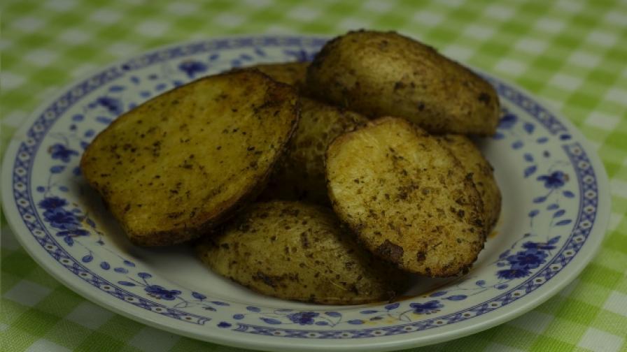 """Как се правят """"дупени картофи"""""""
