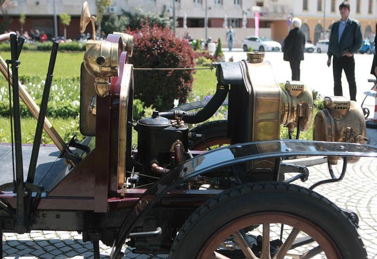 ретро парад автомобил коли